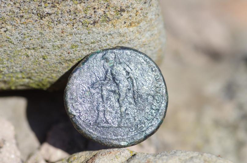 Монета девятилетнего императора, изображение №2