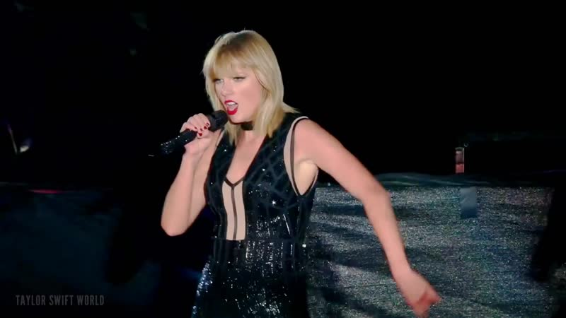 Taylor Swift Style Live on Formula 1 Austin Texas 2016