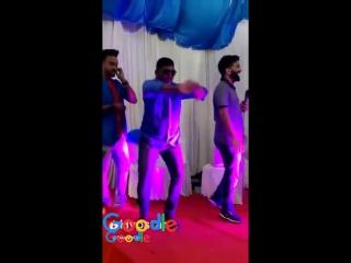 Goodle memes dance king