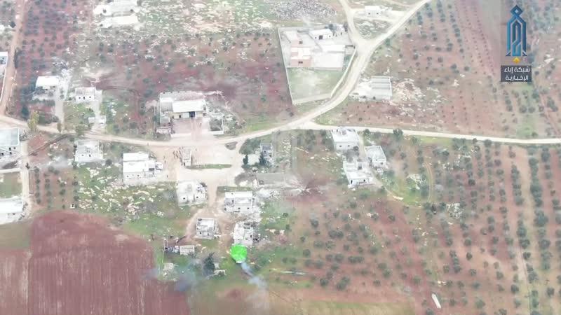 Джихадомобиль преследует группу сирийских солдат в Западном Алеппо 16 февраля 2020