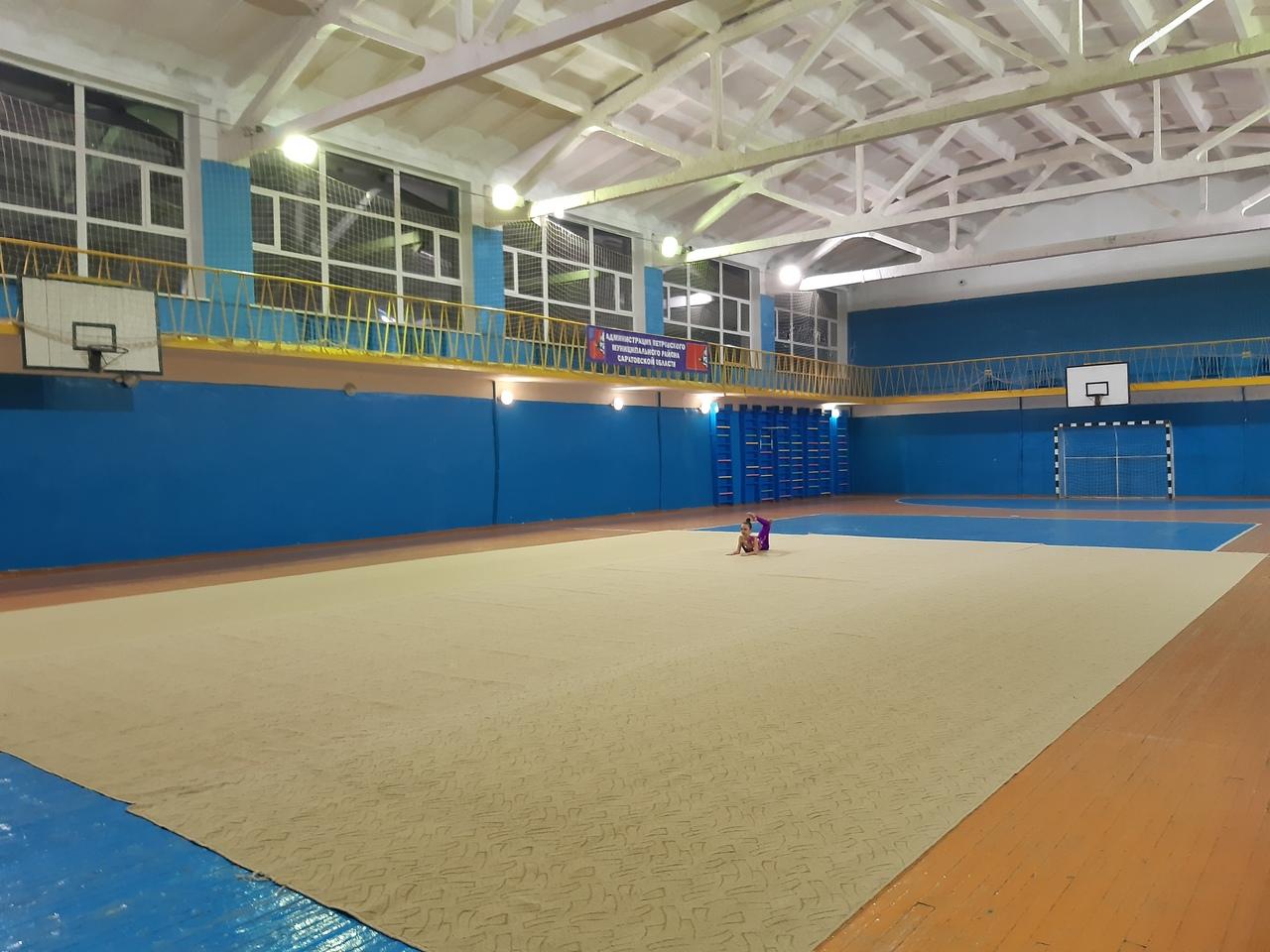 Петровские гимнастки победили в открытых соревнованиях «Шаги к успеху»