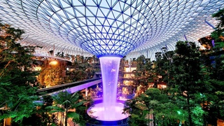 Tour of Singapore Changi Airport Jewel