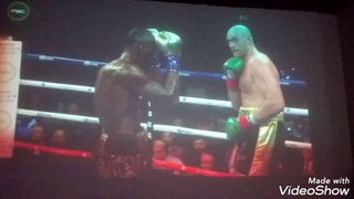 Tyson Fury vs Deontay Wilder! Tyson fury gloves are SUSPECT! (First fight)