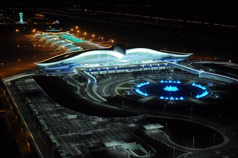 Невероятные аэропорты, в которые точно захочется вернуться, изображение №1