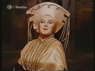 """Birgit Nilsson as Lady Macbeth """"Nel di della vittoria"""""""