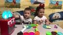 Play Doh. Игры в повара с Плей До. Завтрак с Плей До. Лепим яичницу из пластилина Play Doh.