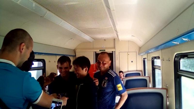 Шизим с Японцами и Сенегальцами в вагоне ресторане