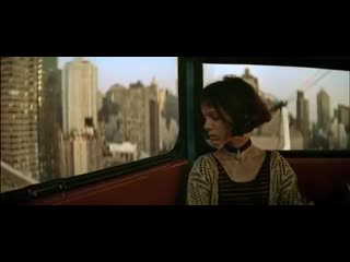 Leon the professional - Unstoppable (music video by Sia)