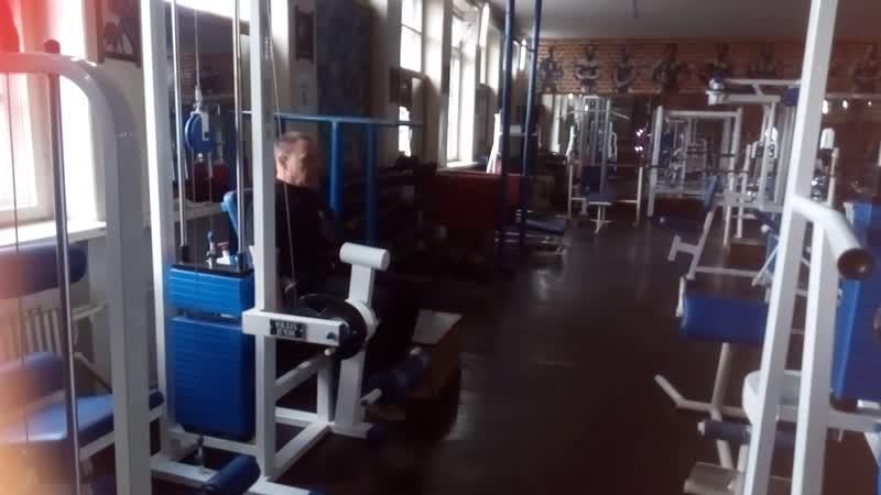 Разгибание ног сидя в станке 5 х 12 25 кг