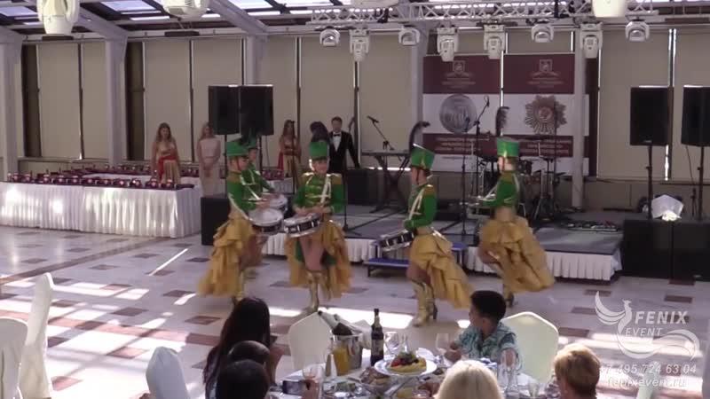 Заказать ансамбль барабанщиц на праздник свадьбу и корпоратив мажоретки барабанщицы Москва