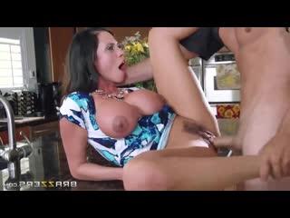 Brazzers: Ariella Ferrera - fuck sexy milf on kitchen (porno,sex,full,xxx,couples,milf,blowjob,boobs)