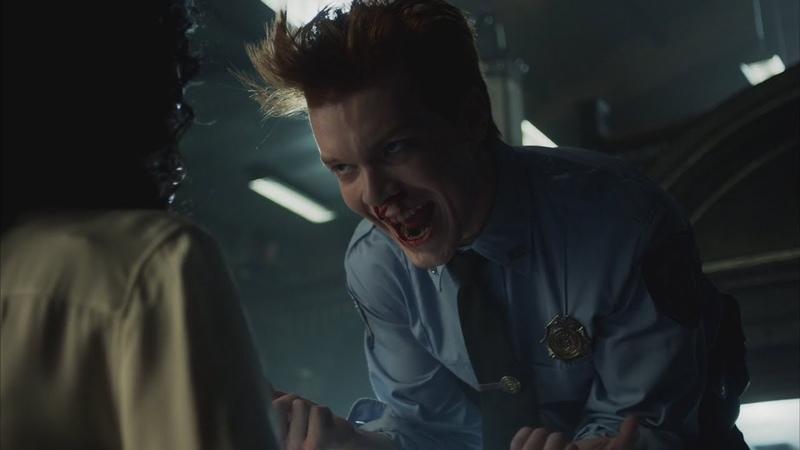 Джером убивает капитана полиции Готэм