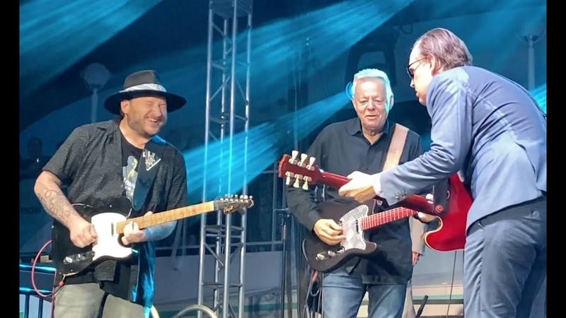 Surprising guitar duel ~Joe Bonamassa Tommy Emmanuel Josh Smith