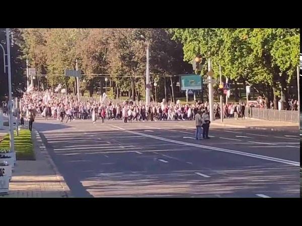 Беларусы за мирные протесты, очередное подтверждение. Люди уходят от столкновения с бандитами Луки.