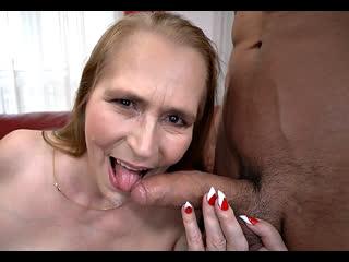 ПОРНО -- ЕЙ 53 -- БАБКА ЗА РАЗВРАТ СЕГОДНЯ ВЕЧЕРОМ -- porn sex milf mature gilf granny --  Violetta Rossellini