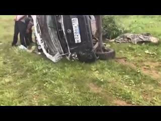 В Иркутской области полиция выясняет обстоятельства аварии, в результате которой погибла беременная женщина