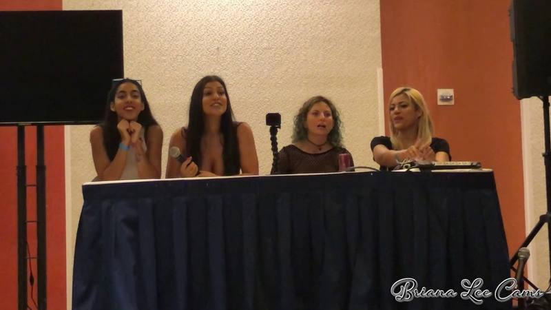 Camming 101 How To Be Your Own Boss Seminar at Exxxotica Miami 2019