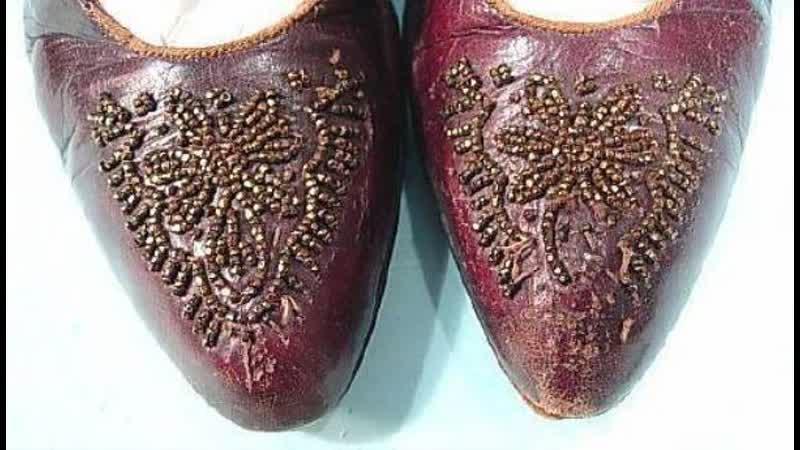 Крымская татарка давала понять сватам нравится ей парень или нет с помощью обуви