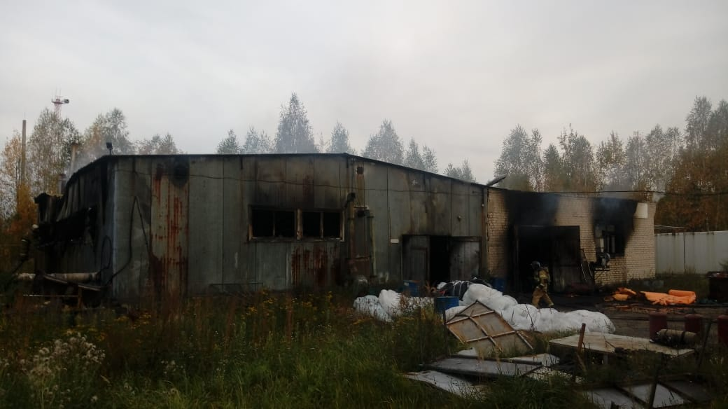 пожар на складе в Семенове 29 сентября