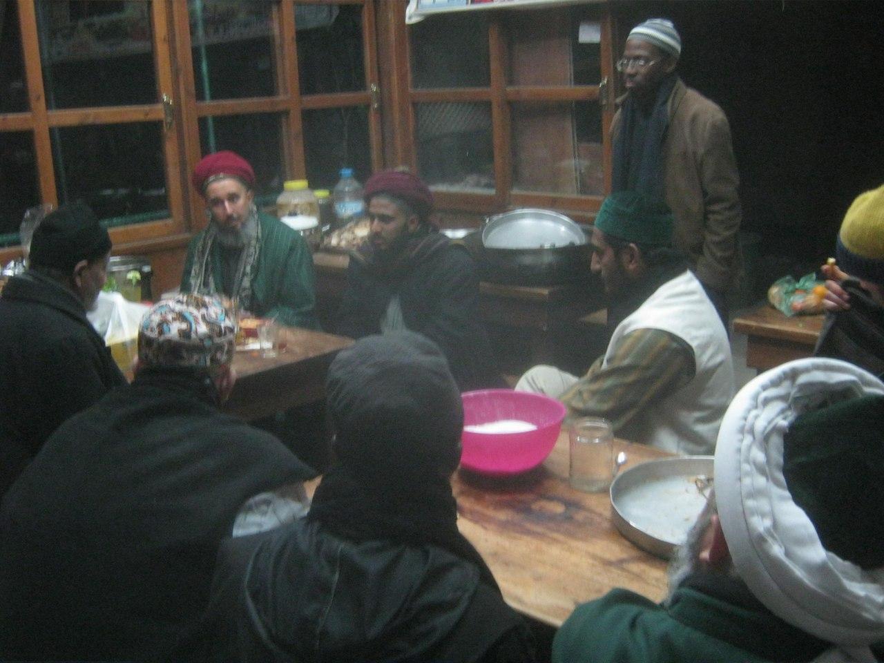 В столовой шейха Назима