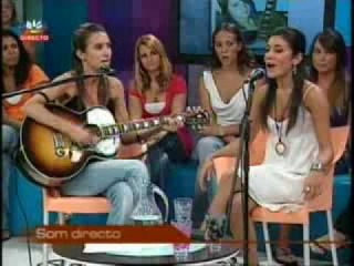 Mia Rose and Ana Free live on portuguese TV - with subtitles