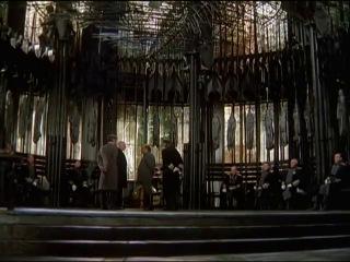 """Открытые окна будем закрывать. """"Убить дракона"""" 1988 г. фрагмент"""