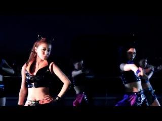 Shimizu Saki, Sudou Maasa, Sugaya Risako (Berryz Koubou) & Yajima Maimi, Nakajima Saki. Hagiwara Mai (C-ute) - Cat's Eye