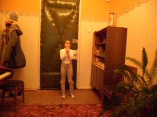 Полина Меркешкина (3-ий класс) работает над песней Т.Бурцевой Певунья-девочка. 23 ноября 2012.
