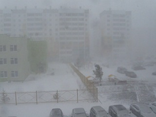 В Челябинск пришла зима 25 апреля 2014 года видео 3
