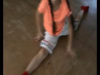 За кадром Ксения Бурханова Кристина Денисова и девочки с Бебегона 3 июля 2014 года Бебегон