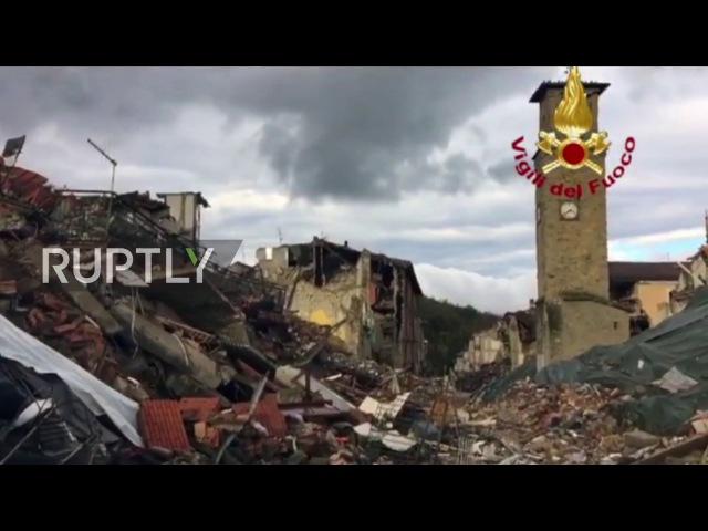 Италия Твин землетрясения уменьшил Аматриче в щебень снова