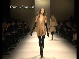 """""""Les Copains"""" Autumn Winter 10-11 Milan 1 of 3 pret a porter women by FashionChannel"""
