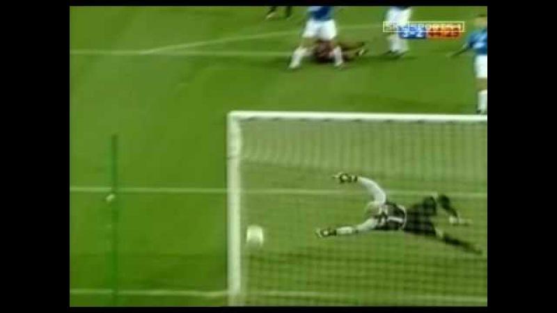 Rivaldo vs Valencia bicycle kick