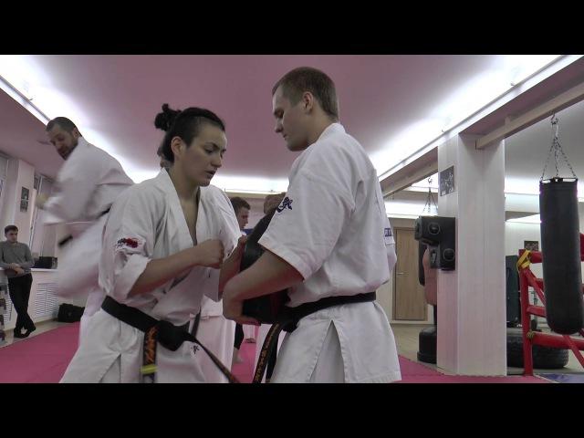 Применение удара уширо гери в ближнем бою от Андрея Чиркова