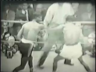 1951-11-28 Kid Gavilan vs Johnny Bratton II