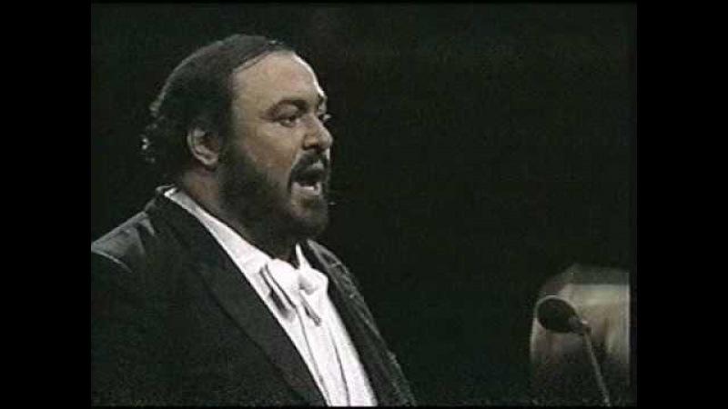 Luciano Pavarotti 1987 O sole mio Madison Square Garden New York