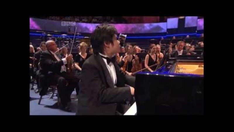 Rachmaninov: Piano Concerto No 2 in C minor Mvmt. 1 - BBC Proms 2013 - Nobuyuki Tsujii