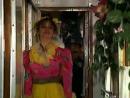 Наталья Бузько в телесных колготках - Маски-Шоу Маски в поезде