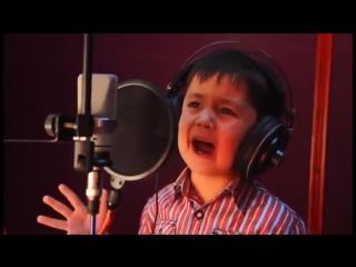 Журабек Жураев - Chaki-chaki Boroni Bahor. 4-летний мальчик ( ЖГЁТ КЛАСС МАЛОЙ )