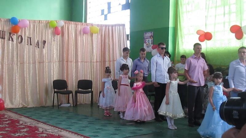 Выпускной вальс 11 класса в ГОУ ЛНР Алексеевской гимназии им Б Гринченко