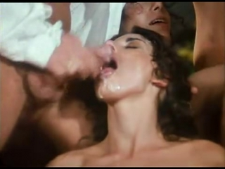 Royal_orgy_with_busty_hottie_sarah_young_free_double_penetration_porn_videos_movies_clips_0080257