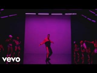 Chris brown - questions (official video) премьера нового видеоклипа