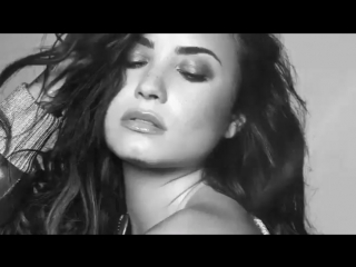 ddlovato: #TellMeYouLoveMe  September 29th. Were officially 4 weeks away!!!