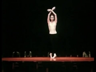 Maya Plisetskaya - Bolero (choreography by Maurice Béjart)