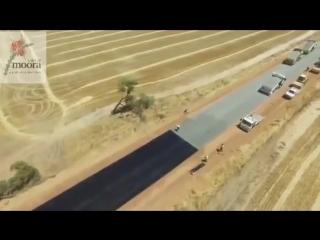 ОСОБОЕ МНЕНИЕ: Смотрите что заснял беспилотник. СУПЕР. Асфальтоукладчики в Австралии ...