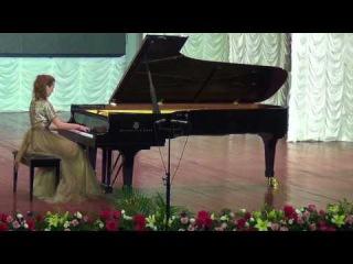 Anastasia Makhamendrikova-Chopin Etude   in C minor (Ocean) - YouTube