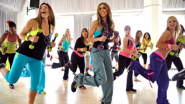 Смотреть Онлайн Танцы Зумба Для Похудения. Зумба — эффективный фитнес танец для похудения в любом возрасте
