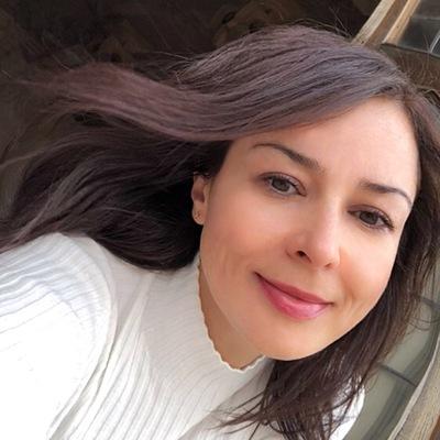 Юлия Бакинова