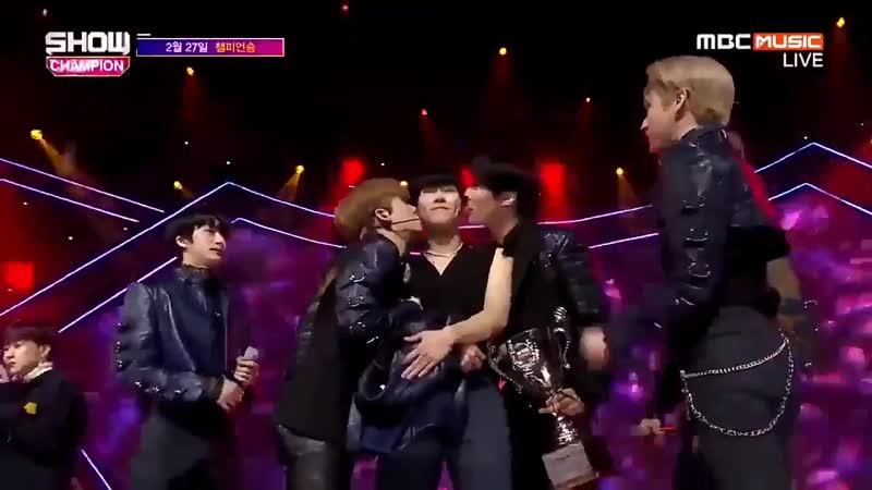 When monsta x won first place with alligator all the members gave honey a peck on his chee.mp4