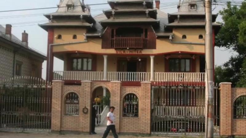 Cei Mai Bogati Interlopi Din Romania, Documentar Complet